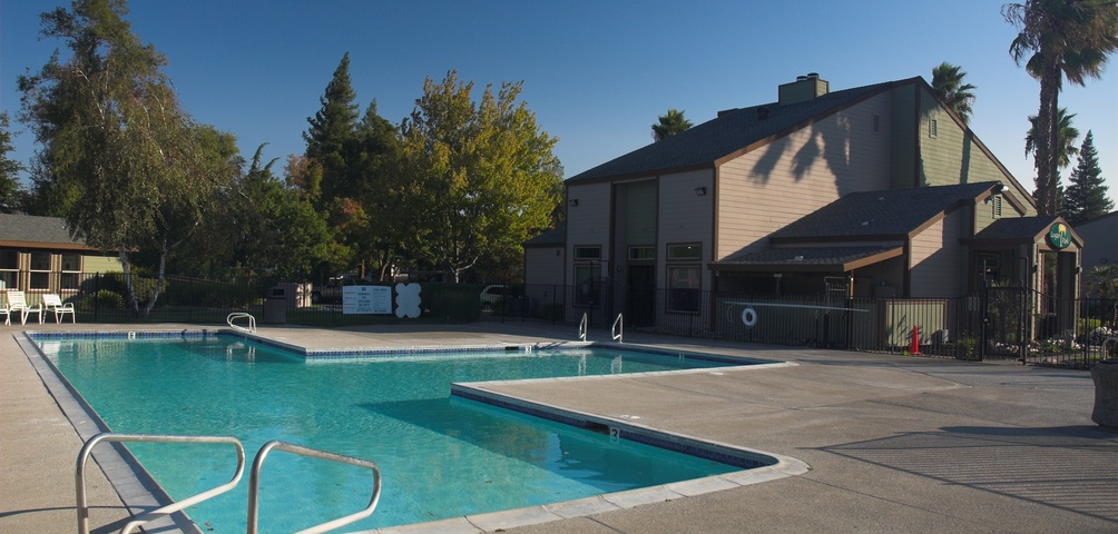 Logan Park Apartments Pool