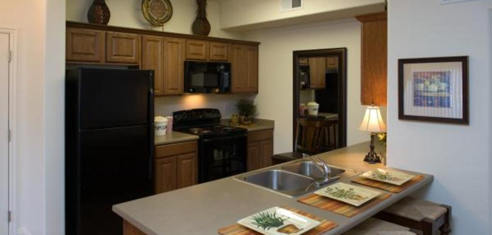 Florentine Villas Apartments Kitchen